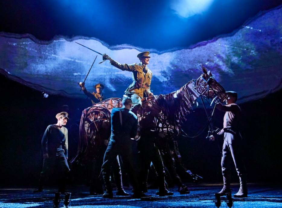 Qlocal was invited to the opening night of the highly acclaimed War Horse at the Liverpool Empire last night.    If you have never been to the theatre to see a show then this is the one. War Horse is the most incredible production that it has been my pleasure to see.    At the end you have to...